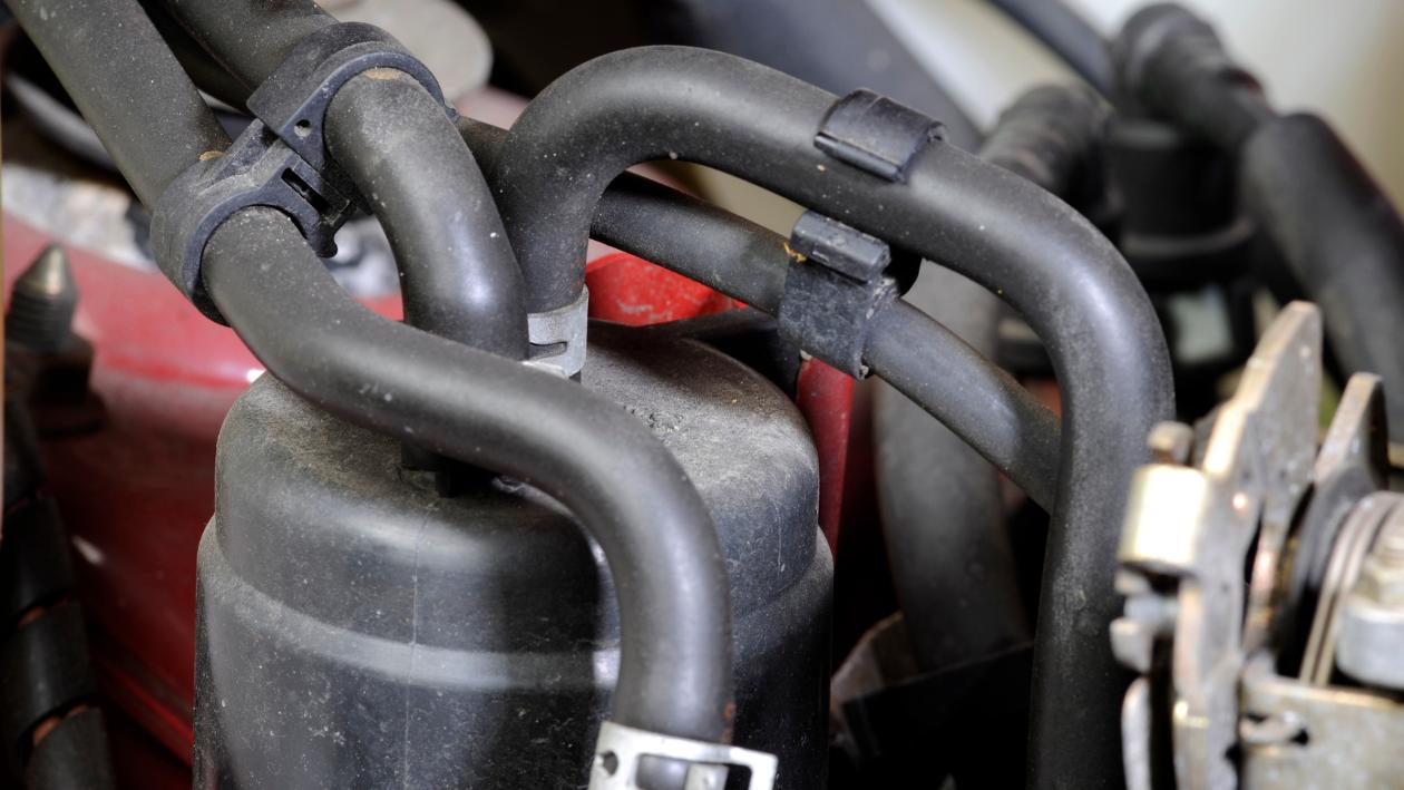 engine vacuum leak